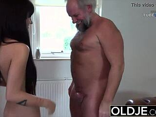 18 år porno Teen anal